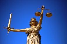 justice-2060093_1920